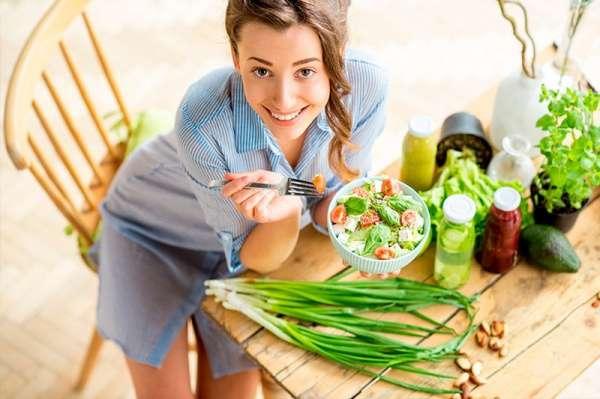 Рецепты домашних тоников для лица: самые эффективные варианты