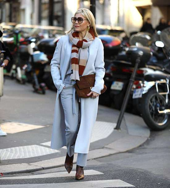 С чем стильным женщинам носить черные брюки в 2020 году: модные советы и фото